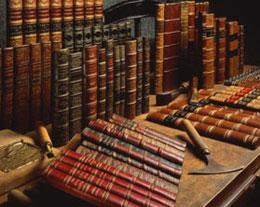 Taller de libros falsos