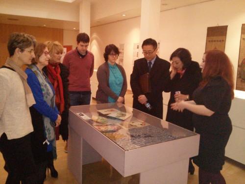 Visita del Embajador del Japón a la exposición