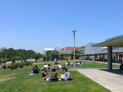 Universidad de Zaragoza. Campus Río Ebro.