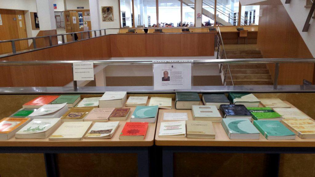 Exposición de libros de Federico Corriente en la Biblioteca María Moliner